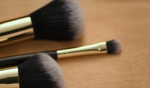 Кисти для макияжа от Faberlic